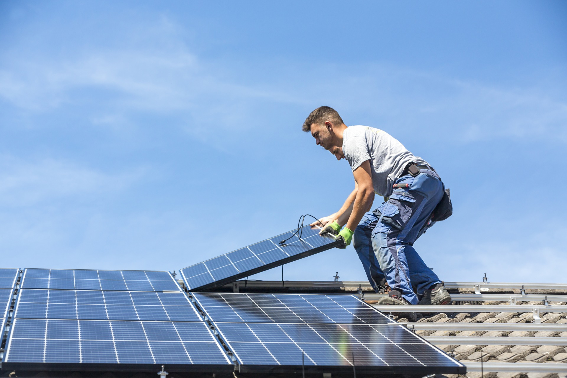 How Much Does Solar Panel Installation Cost in 2020? - Chariot Energy